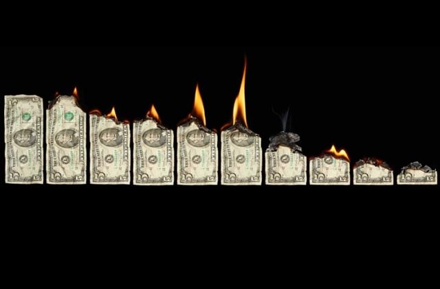 10-gastos-innecesarios-al-momento-de-crear-tu-empresa
