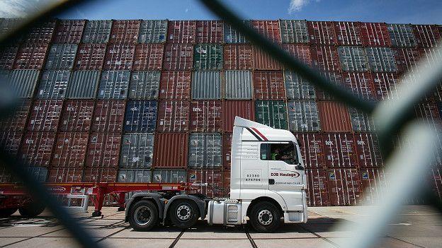 Los partidarios de la permanencia destacan la importancia que tienen las exportaciones a la UE para la economía británica.