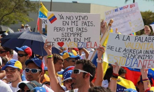venezolanos-en-miami-e1477441419797