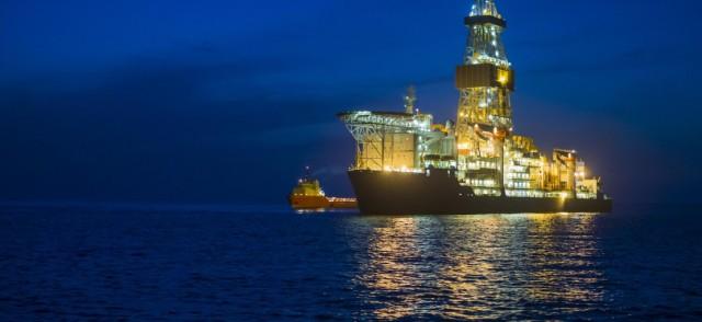 buque-de-perforacion-en-alta-mar-en-el-golfo-de-mexico-1110x510